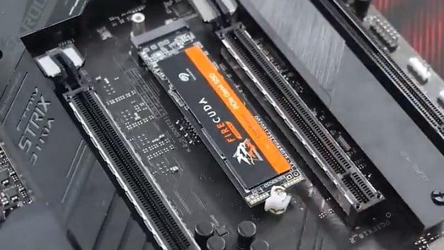 Asus cria sistema de trava para SSDs M.2